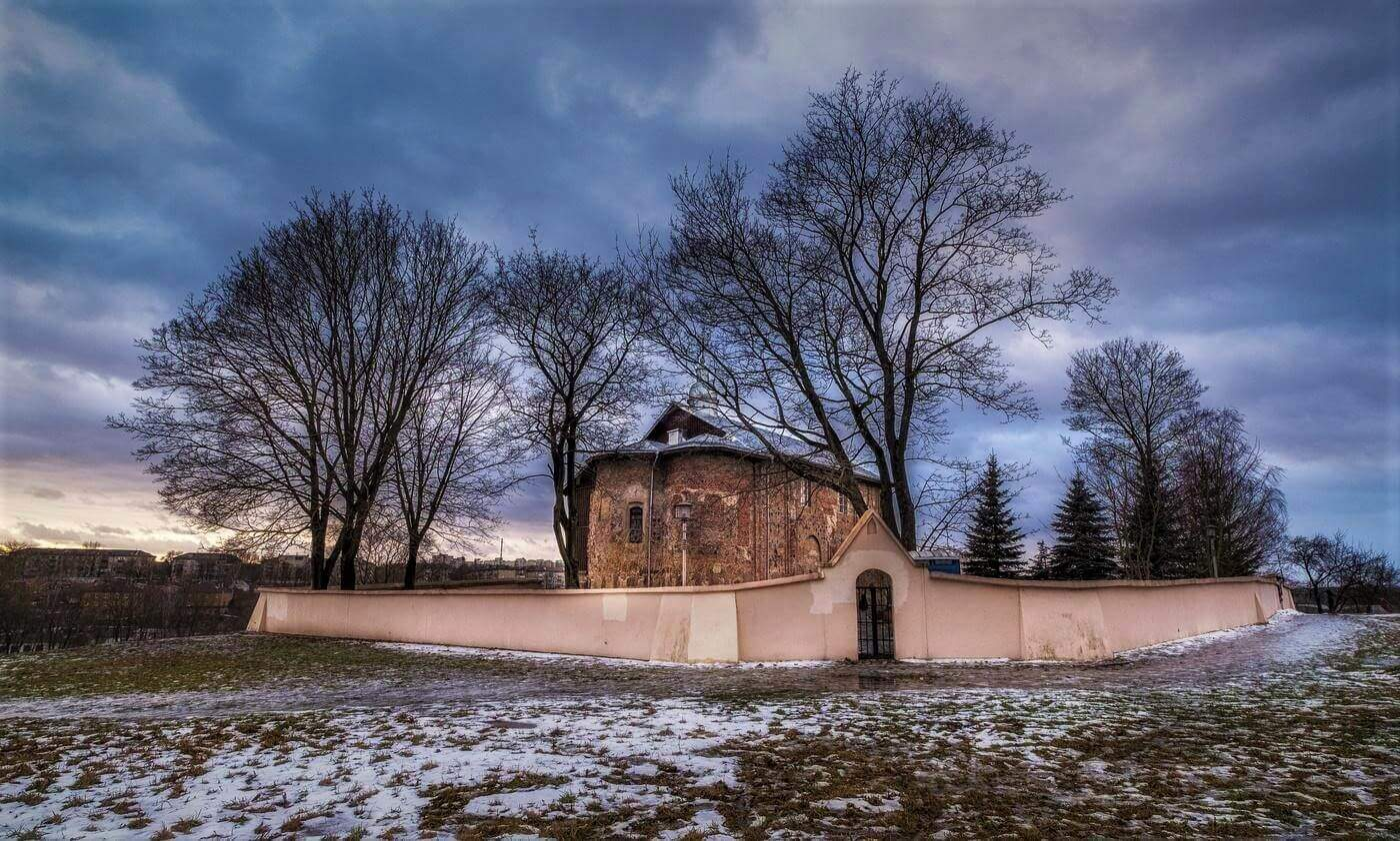 Коложская церковь зимой