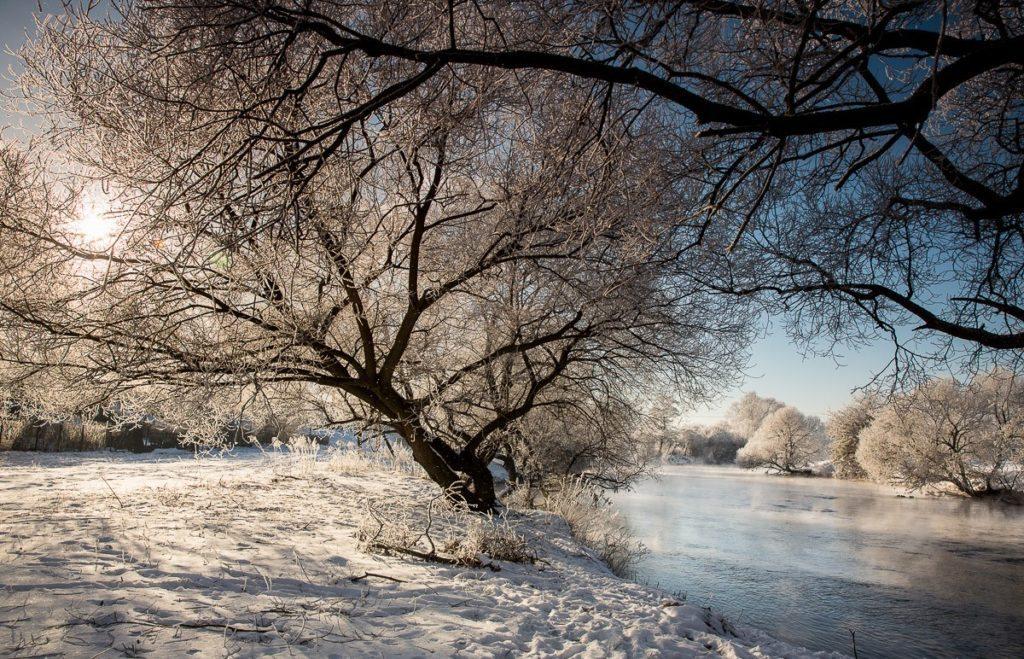 Зима в Беларуси со снегом