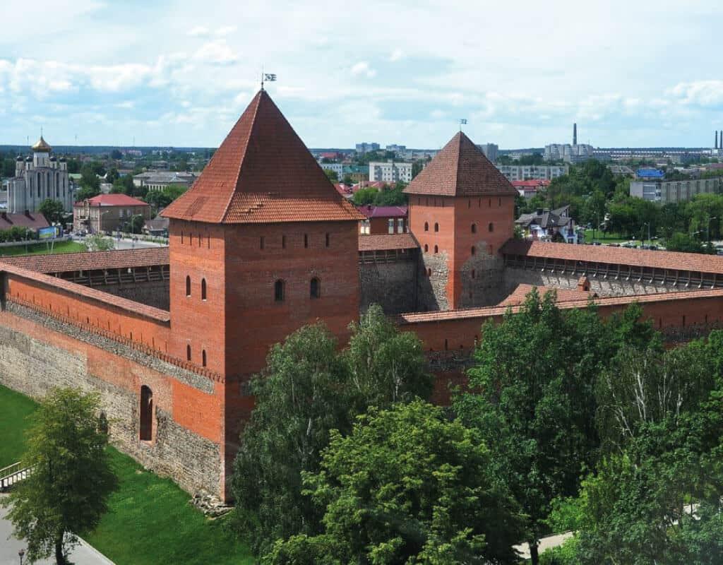 Лидский Замок, что посмотреть в Лиде