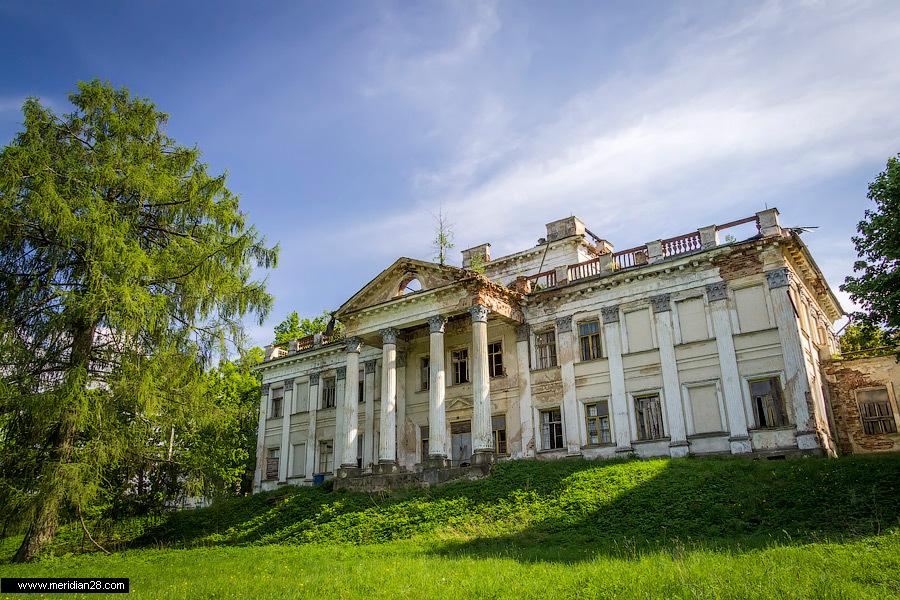 заброшенный дворец Уместовских